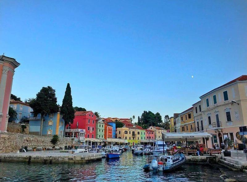 Un viaggio alla scoperta dei mille colori della Croazia.