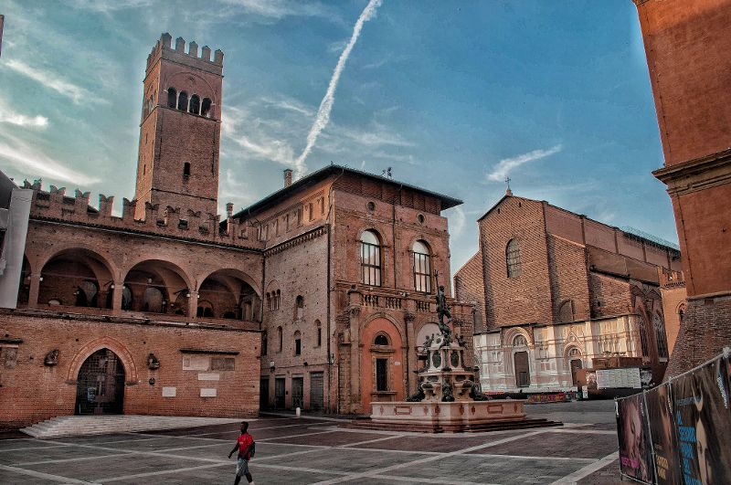 Dove fare shopping a Bologna, tutte le informazioni utili