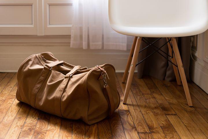 Gli oggetti che non si possono portare nel bagaglio a mano