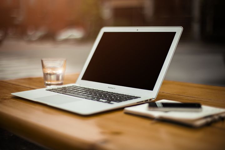 Si può guadagnare come Travel Blogger?